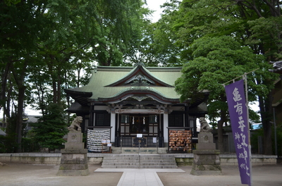 梅雨の社殿